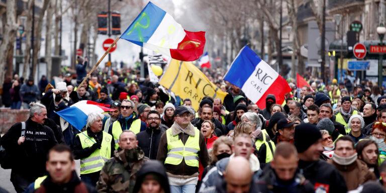 Read more about the article Les gilets jaunes, un acte IX : cela n'en finit pas de finir