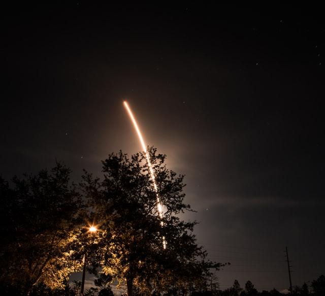 Read more about the article Space X et la tendance à la guerre
