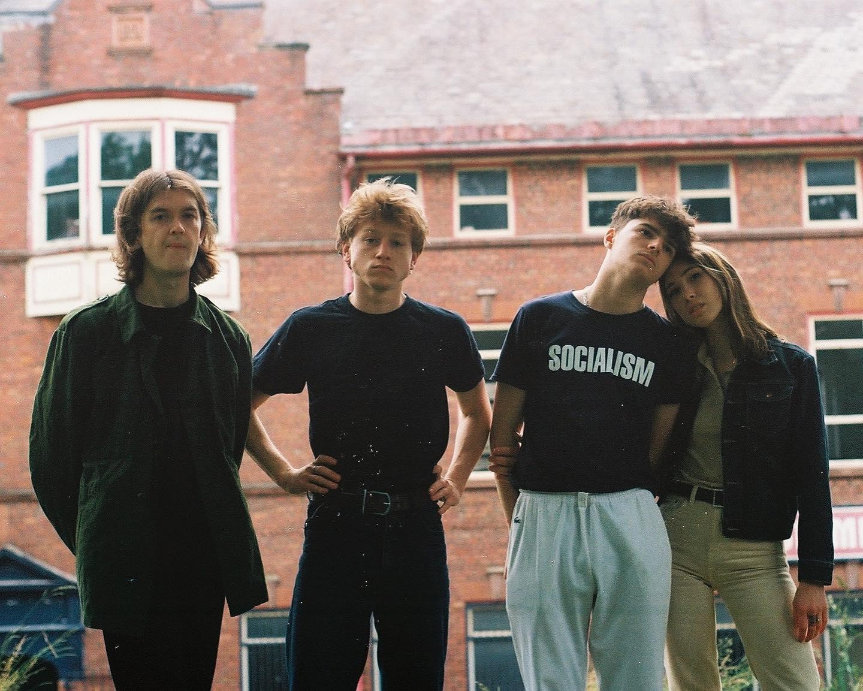 Read more about the article Working Men's club sort son premier album