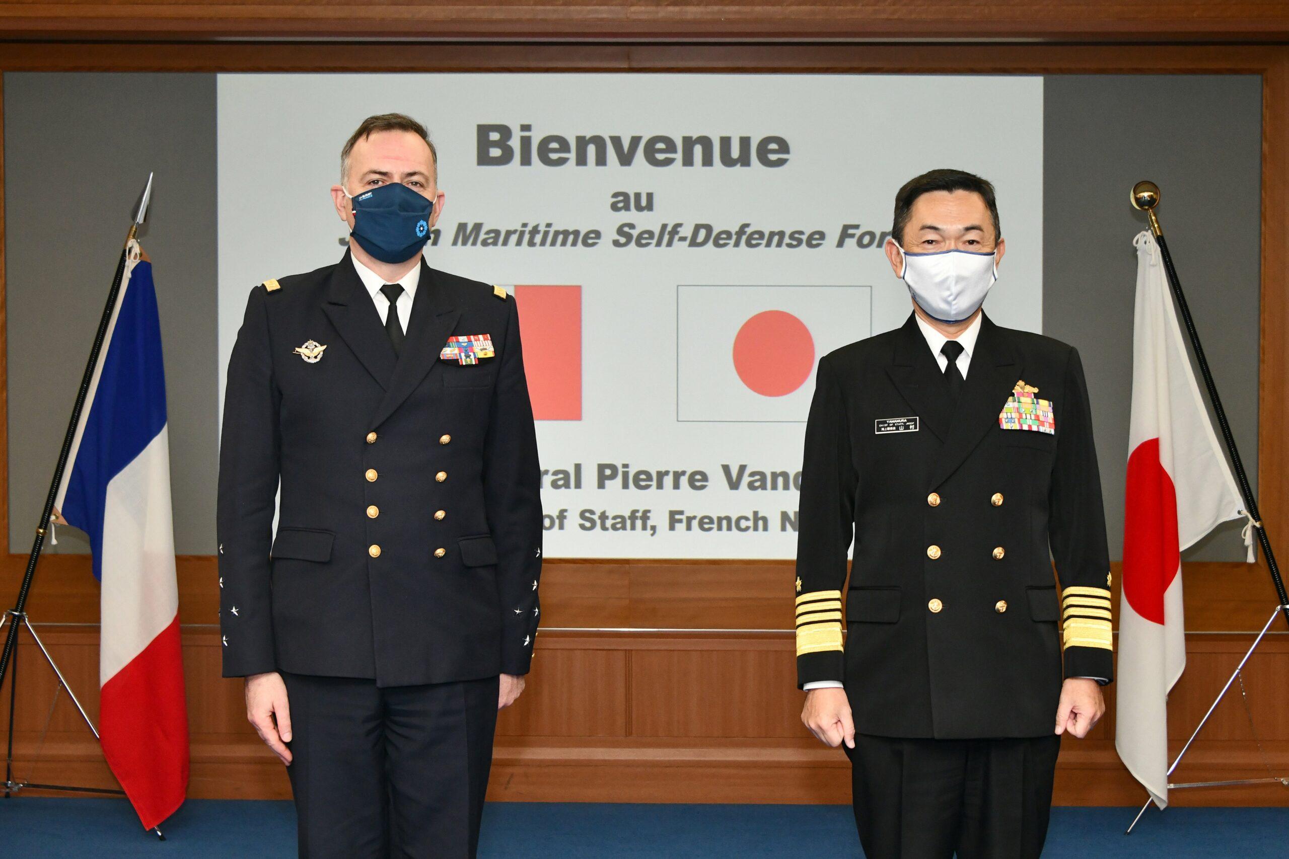 Read more about the article Le chef d'état-major de la Marine parle au Japon du «comportement conquérant» de la Chine