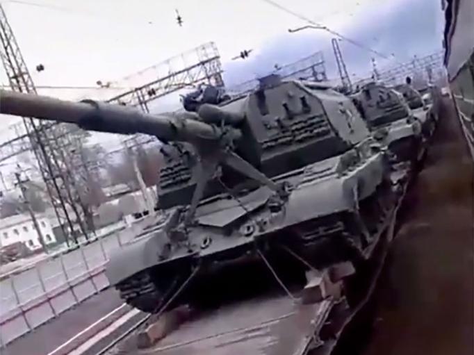 L'Ukraine pense à l'arme atomique, la Russie a 110 000 soldats et 1300 tanks à la frontière…
