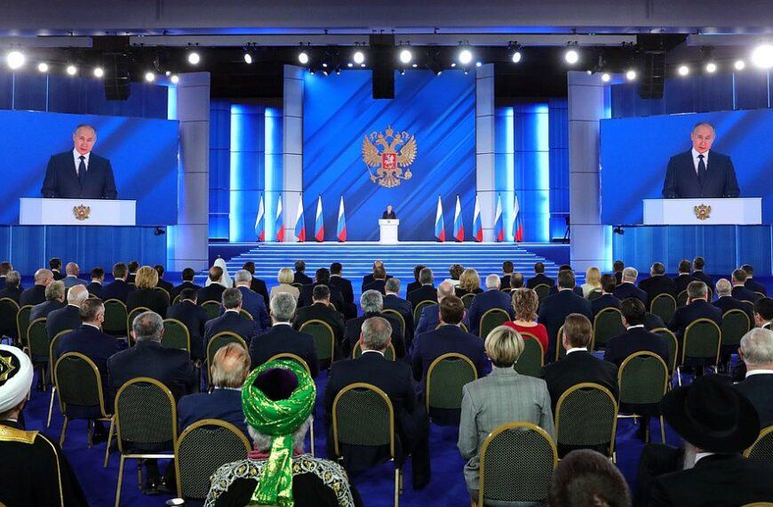 Vladimir Poutine et la «ligne rouge» non définie, l'annexion du Donbass se profile
