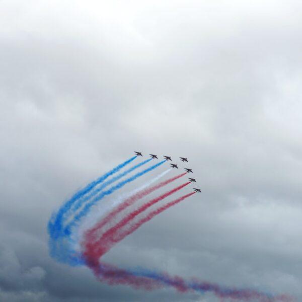 Appel militaire à un éventuel coup d'État, Marine Le Pen appelle à la convergence