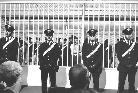 La France compte expulser dix Italiens pour «terrorisme»