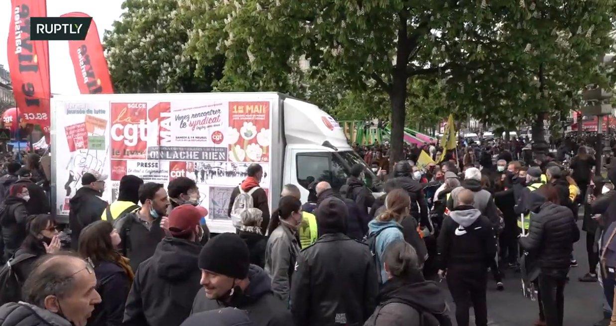 Read more about the article Tensions entre l'ultra Gauche et la CGT à Paris, Nantes et Lyon
