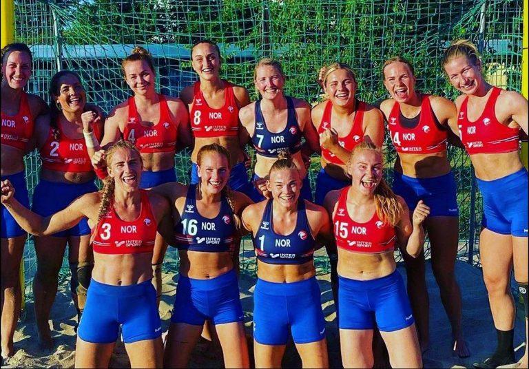 Read more about the article Beach handball: amendes pour des Norvégiennes en short et non en bikini