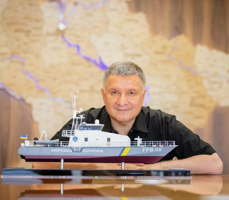 Read more about the article Avertissement russe au Royaume-Uni et grand ménage intérieur ukrainien