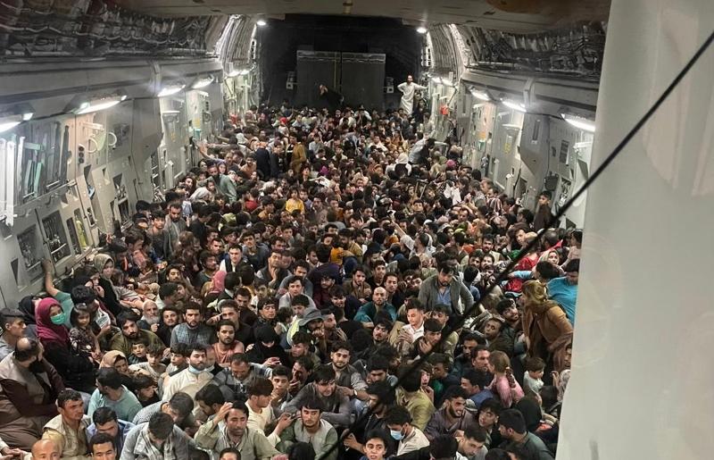 Read more about the article Le retour des talibans témoigne aux yeux des gens de l'instabilité du monde