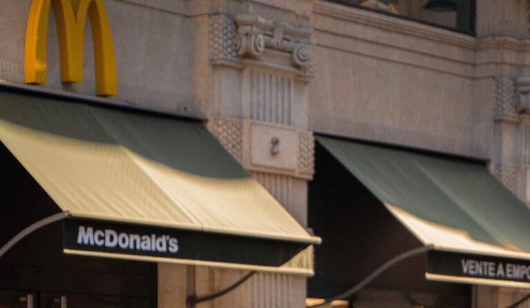 Read more about the article McDonald's en crise, tout un symbole