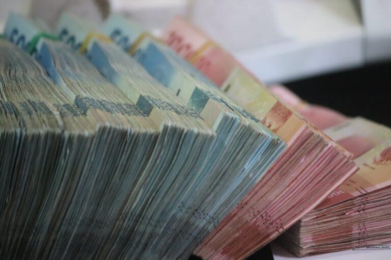 Read more about the article «D'où vient l'argent ?»